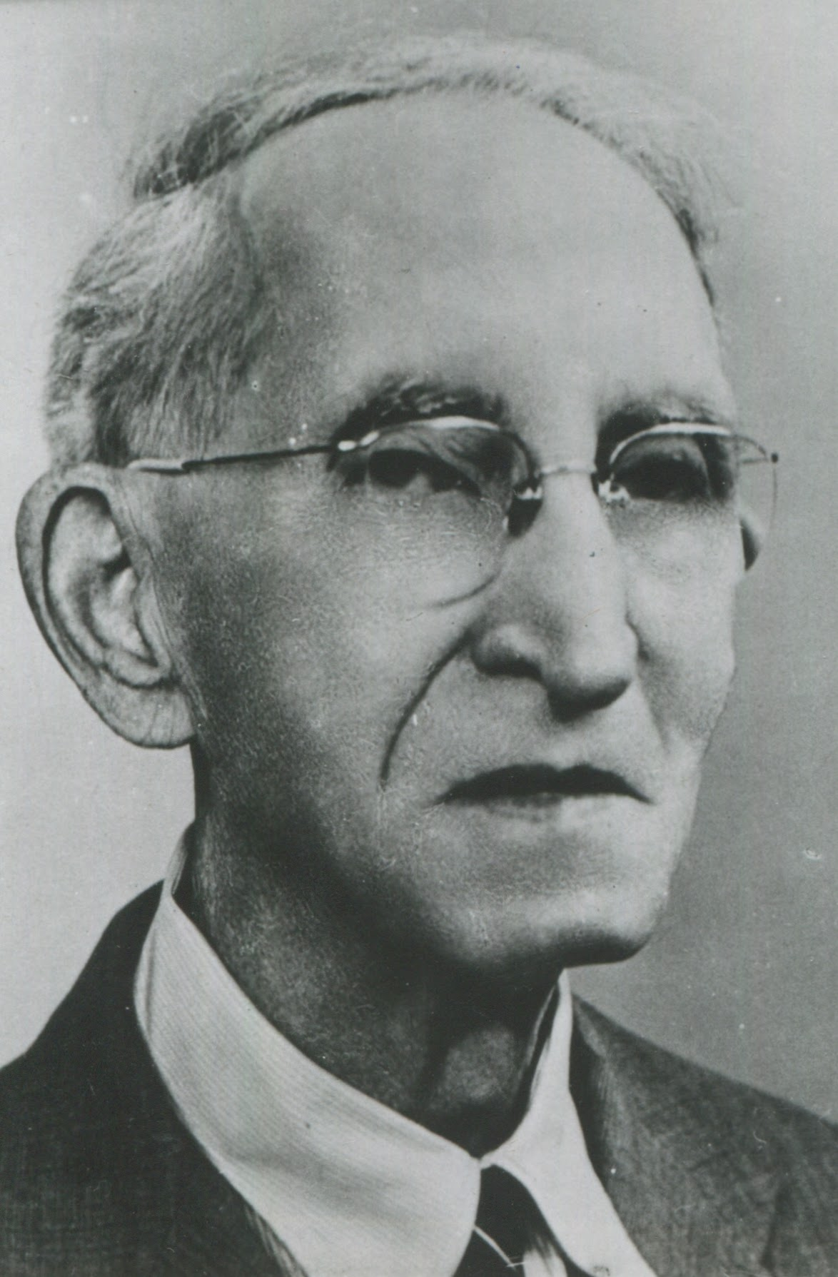 Fred G. Cowles